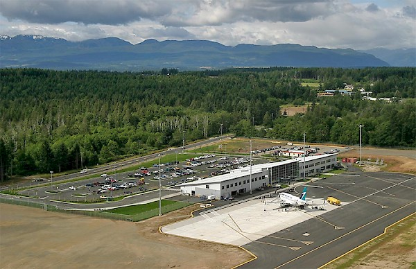 Comox Valley Airport (YQQ)